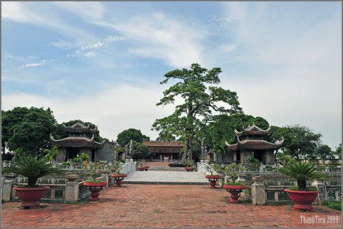 Đền thờ bà Nguyễn Thị Duệ